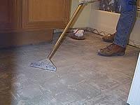 очистка пола после удаления старой плитки