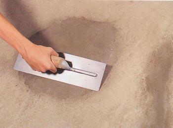 цементный пол готов к укладке плитки