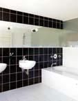 дизайн ванной комнаты с укладкой квадратной плитки